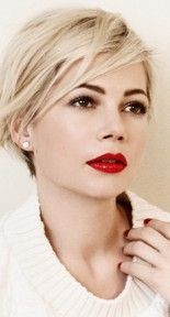 Michelle Williams' New Louis Vuitton Campaign Makes Us Want To Get A Pixie Cut Pixie Hairstyles, Pretty Hairstyles, Short Blonde, Blonde Hair, Short Hair Cuts, Short Hair Styles, Short Razor Haircuts, Corte Y Color, My Hairstyle