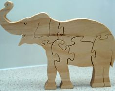 Lion Jigsaw Puzzle in Poplar от HolyokePuzzles на Etsy