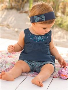 Baby Girl Outfit - Joey would approve of this headband