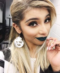 I wish I could rock black lipstick the way Kirstin can!