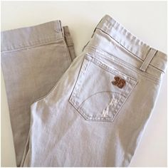 """Joe's Socialite Kicker cropped jeans Very light grey wash, perfect for Spring and Summer! Factory distressing, 98.5 cotton and 1.5% elastic so they do have some stretch. Last pic is same style so you can see the fit. 23.5"""" inseam, 8"""" rise, 16"""" across waist. I only wore these a couple of times so they are in excellent condition! Joe's Jeans Jeans Ankle & Cropped"""