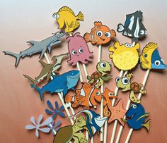 Finding Nemo cupcake toppers, sea life cupcake toppers, Nemo cupcake toppers, Dori toppers, Ocean cupcake toppers, Finding Nemo party by Fairfable on Etsy https://www.etsy.com/listing/294893497/finding-nemo-cupcake-toppers-sea-life