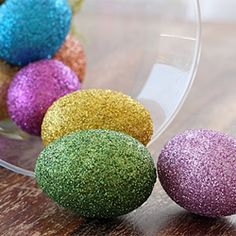 Follow this easy step-by-step tutorial to make your own glittered Easter eggs.