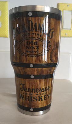 Diy crafts for men boyfriends jack daniels 15 best Ideas Diy Tumblers, Plastic Tumblers, Custom Tumblers, Glitter Tumblers, Wood Trellis, Diy Wood Wall, Diy Gifts For Men, Cute Cups, Tumbler Designs