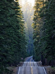 Lassen Volcanic Park, Summertown, California Beautiful World, Beautiful Places, Beautiful Roads, Beautiful Scenery, Back Road, Belle Photo, The Great Outdoors, Wonders Of The World, Places To See