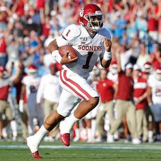 Jalen Hurts is done for the night! Oklahoma Sooners Football, Best Football Team, Alabama Football, College Football, Ucla Game, Jalen Hurts, International Soccer, American Football League, Boomer Sooner