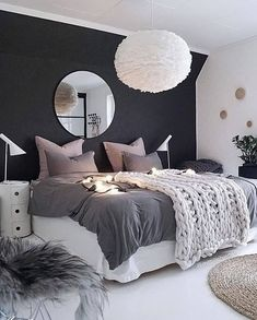 Teen Girl Bedroom Ideas Fascinating Teenage Girl Bedroom Ideas with Beautiful Decorating Concepts - Gallery of fun teen girl bedrooms. See a variety of teen girl bedroom designs & get ideas for themes, furniture, colors and decor. Awesome Bedrooms, Beautiful Bedrooms, Dream Bedroom, Home Bedroom, Bedroom Photos, Bedroom Themes, Bedroom Black, Black And White Bedroom Teenager, Bedroom 2018