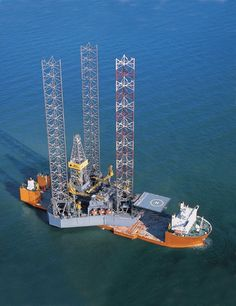 Heavy Lift Ships and their Impossibly Massive Cargoes | Amusing Planet