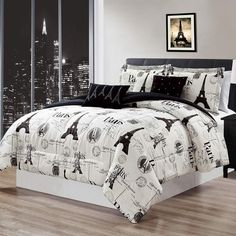 Chic and feminine, this CosmoLiving by Cosmopolitan Floral comforter set adds fashion and flare to any bedroom. Paris Rooms, Paris Bedroom, Twin Xl Bedding Sets, Comforter Sets, King Comforter, Bedroom Themes, Bedroom Decor, Teen Bedroom, Bedroom Ideas