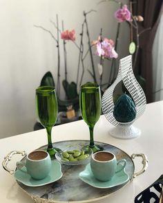 I Love Coffee, Coffee Art, Coffee Time, Tea Time, Food Decoration, Table Decorations, Coffee Photography, Coffee Drinks, Tea Party