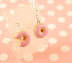 doughnut earrings- donut earrings- food jewelry - food earrings