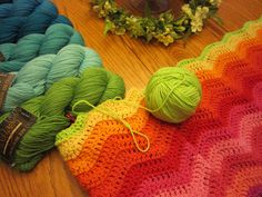 ♥  ahh if I had unlimited yarn money :)