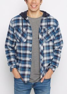 Stock up on cold weather favorites with this laid-back woven button down. Outfitted with casual tartan plaid prints, featuring 2 chest pockets and a fleece lined hood.