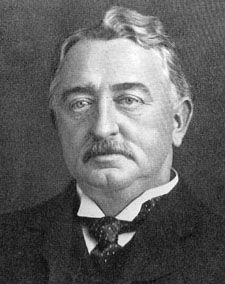 HISTORY-This is a picture of Cecil Rhodes. When Zimbabwe was controlled by the British their name was Rhodesia because he named it after himself. Rhodesia is our now Zambia and Zimbabwe. John Rhodes, Socialist State, World Government, House Of Windsor, Rich People, Always And Forever, New World Order, World Leaders, De Beers