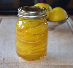 Citroenhoning is een leuk recept om te maken en een anti-griep wondermiddeltje. Ik heb gebruik gemaakt van een weckpot van Kilner van 1/2 liter.