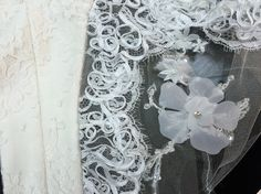 White Burlap Wreath, Vibrant, Wreaths, Home Decor, Decoration Home, Door Wreaths, Room Decor, Burlap Garland, Deco Mesh Wreaths