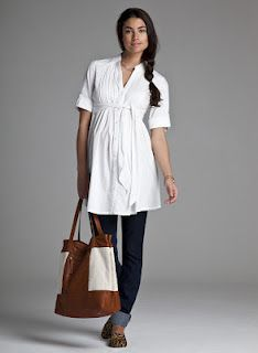 Isabella Oliver Maternity wear giveaway  http://www.mommygaga.com/2012/03/spring-into-style-isabella-oliver.html