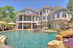 Want this beautiful house on Lake Norman. $2,599,00