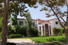 Walter Scott Bachman Residence, Hancock Park, CA: Photograph courtesy of Zimas database August 23, 2001