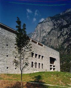 casa delle guide alpine  valmasino so 1989/96