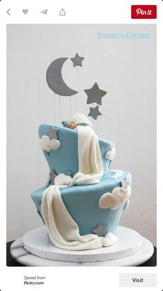 Beautiful dream cake starry night with moon baby shower cake, new arrival, blue, baby boy Baby Cakes, Fondant Baby Torte, Cupcake Cakes, Pink Cakes, Girl Cupcakes, Gateau Baby Shower, Beautiful Baby Shower, Dream Cake, Cakes For Boys
