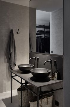 Bohemian luxury apartment in Vienna, contemporary rustic industrial interior design, loft design. Interior Concept, Design and Curation by Annabell Kutucu. Photography by Claus Brechenmacher Minimalist Bathroom, Minimalist Kitchen, Minimalist Interior, Minimalist Decor, Minimalist Apartment, Minimalist Furniture, Industrial Interior Design, Decor Interior Design, Bathroom Interior Design