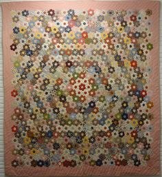 MOSAIC or HONEYCOMB or DOUBLE HEXAGONS ANTIQUE QUILT