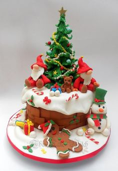 Christmas Tree - Cake by Nessie - The Cake Witch
