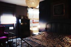 #darkcosybedroom