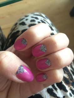 Pink glitter nailart #tape #triangle #simple
