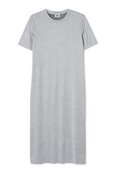The J Beyond Dress has a relaxed straight fit, a simple round neck and short sleeves. It is made from a soft viscose-blend and has a mélange finish. - Size Small measures 85 cm in chest circumference and 115 cm in length. The sleeve length is 23 cm.