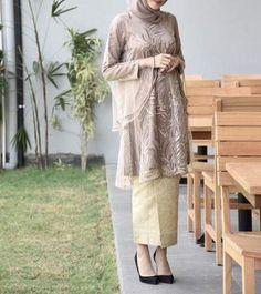 Trendy Ideas For Party Outfit Simple Casual Kebaya Modern Hijab, Kebaya Hijab, Kebaya Dress, Dress Pesta, Kebaya Muslim, Kebaya Brokat, Batik Kebaya, Formal Dresses For Teens, Party Dresses For Women