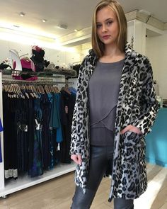 The top and #leopardprint #fauxfur coat. Mixing textures is our thing this season! #iwant #style #stylist #nofilter #nofilterneeded #fiftyshadesofgrey #ootd #outfitoftheday #odonnellboutique #wiwt #winteriscoming #fashionblogger #blogger
