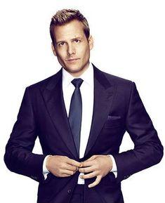 mmmmm hmmmm, gotta love Suits!