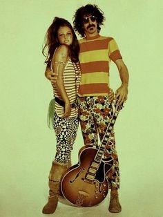 Claudia Cardinale con Frank Zappa.