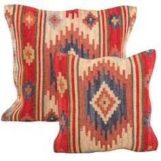 Kashi Kilim Cushion is ideal for your living room, floor or even outside on the patio. Handmade using a hardwearing wool and cotton mix, these traditional Kilim cushions have a natural texture. Kilim Cushions, Kilim Rugs, Fall Pillows, Throw Pillows, Chair Pads, Crochet Motif, Rugs On Carpet, Hand Weaving, Loom Weaving