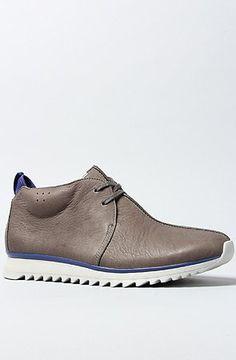 Clarks Originals Men's The Traxter Mid Sneaker - http://clarksshoes.info/shop/clarks-originals-mens-the-traxter-mid-sneaker