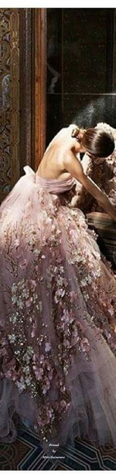 Rosamaria G Frangini Coral Pink, Pink And Gold, Fairytale Fashion, Floral Fashion, Pink Brown, Mauve, Beautiful Dresses, Ball Gowns, Wedding Inspiration