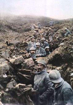WW1. French soldiers in a trench during the Battle of Verdun in 1916.