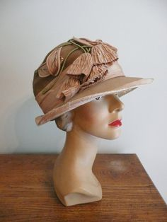 76dce6bd464 Vintage Edwadian 1920s Floral Cloche Hat by CreatedAndCollected