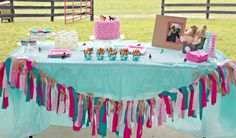 Horse party table decorations