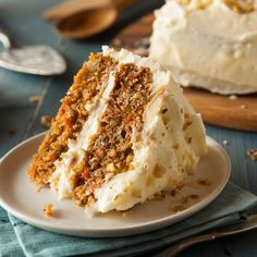 The ultimate spring dessert recipe is here! We love a good carrot cake loaded with brown sugar, carrots and nutty goodness. Bake this one as a sheet cake (a 9 x pan should do at about 45 minutes bake. Homemade Carrot Cake, Best Carrot Cake, Frosting Recipes, Cake Recipes, Dessert Recipes, Cake With Cream Cheese, Cream Cheese Frosting, Buttercream Frosting, Easy Cakes To Make