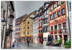 Die Weissgerbergasse in Nürnberg, Deutschland    The historic street Weissgerbergasse in Nuremberg, Germany