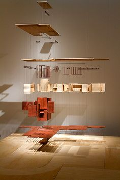 A Usonian home, exploded and suspended to show its parts and systems that was featured in the Frank Lloyd Wright: Organic Architecture for the Century special exhibit earlier this year at. Architecture Model Making, School Architecture, Sustainable Architecture, Architecture Design, Arch Model, Artistic Installation, 3d Home, Ceiling Design, Design Model