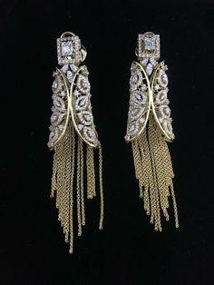 Ear Jewelry, Bridal Jewelry, Gold Jewelry, Jewelery, Fine Jewelry, Bridal Earrings, Indian Earrings, Indian Jewelry, Antique Jewellery Designs