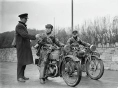 Riding Vintage: The Wrens: Female Dispatch Riders in WWII