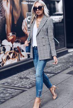 2017 Zara Blazer – Zara jeans White V-neck Tee Stuart Weitzman heels Celine Trio