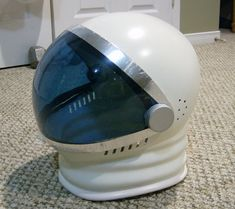 astronaut helmet diy - Google Search                              …
