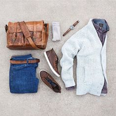 Weekend gear from @mycreativelook featuring our Cream Ribbed Wool Cardigan and Burgundy Jaspé Egyptian Cotton Shirt. #jachsny #style #repost