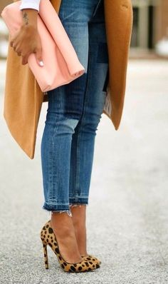 peach clutch, camel coat + leopard heels